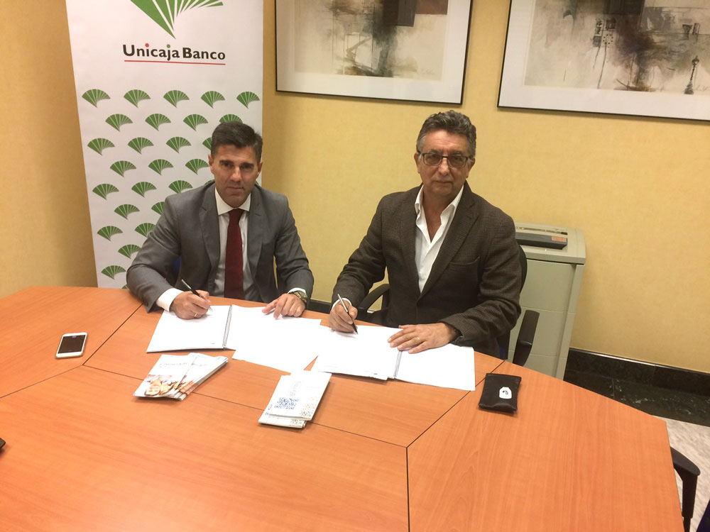 En el dia de hoy se ha firmado en las oficinas de Unicaja la renovación del convenio de colaboración entre Apymem y Unicaja.