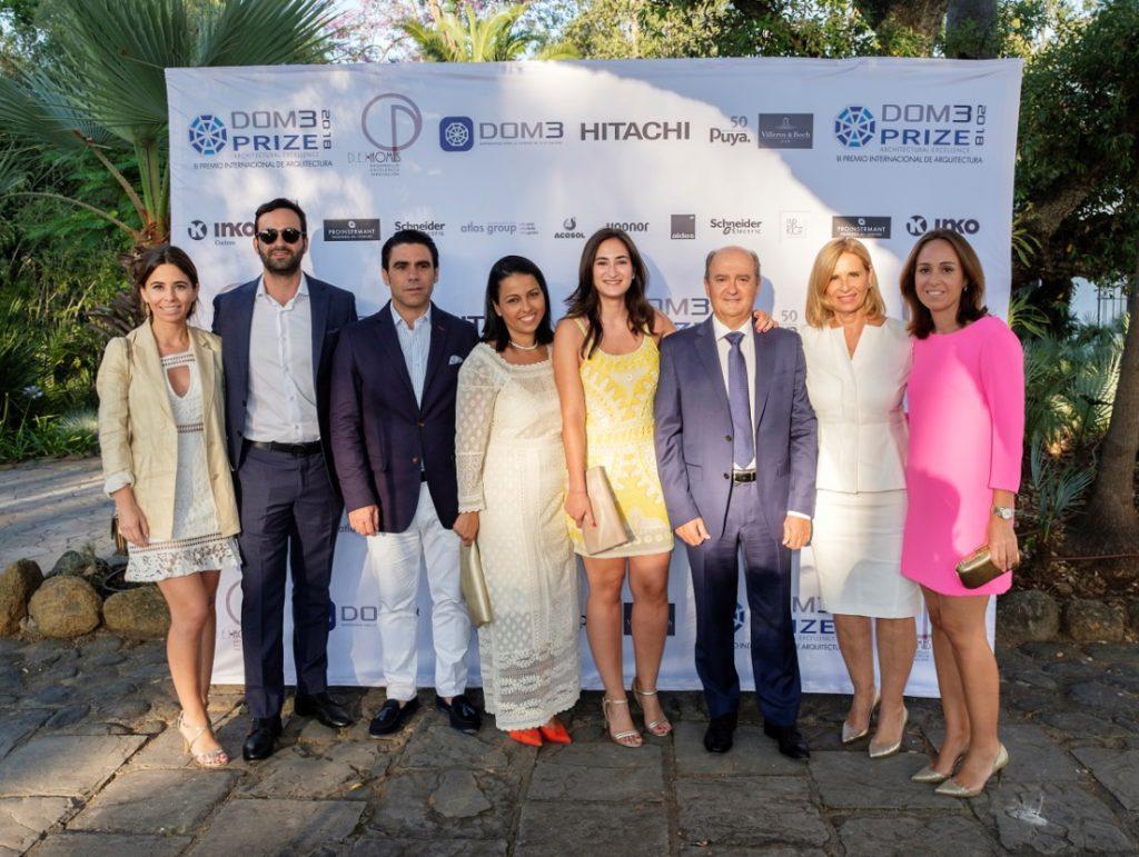 Miembros de la familia Puya en la entrega de premios de DOM3PRIZE 2018